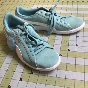 NWOT Authentic Puna sea foam color sneaker